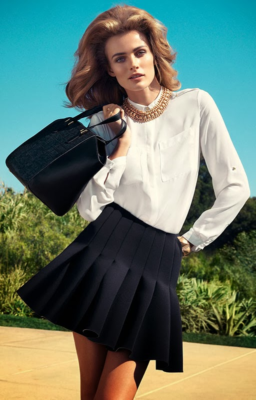 Falda negra con blusa