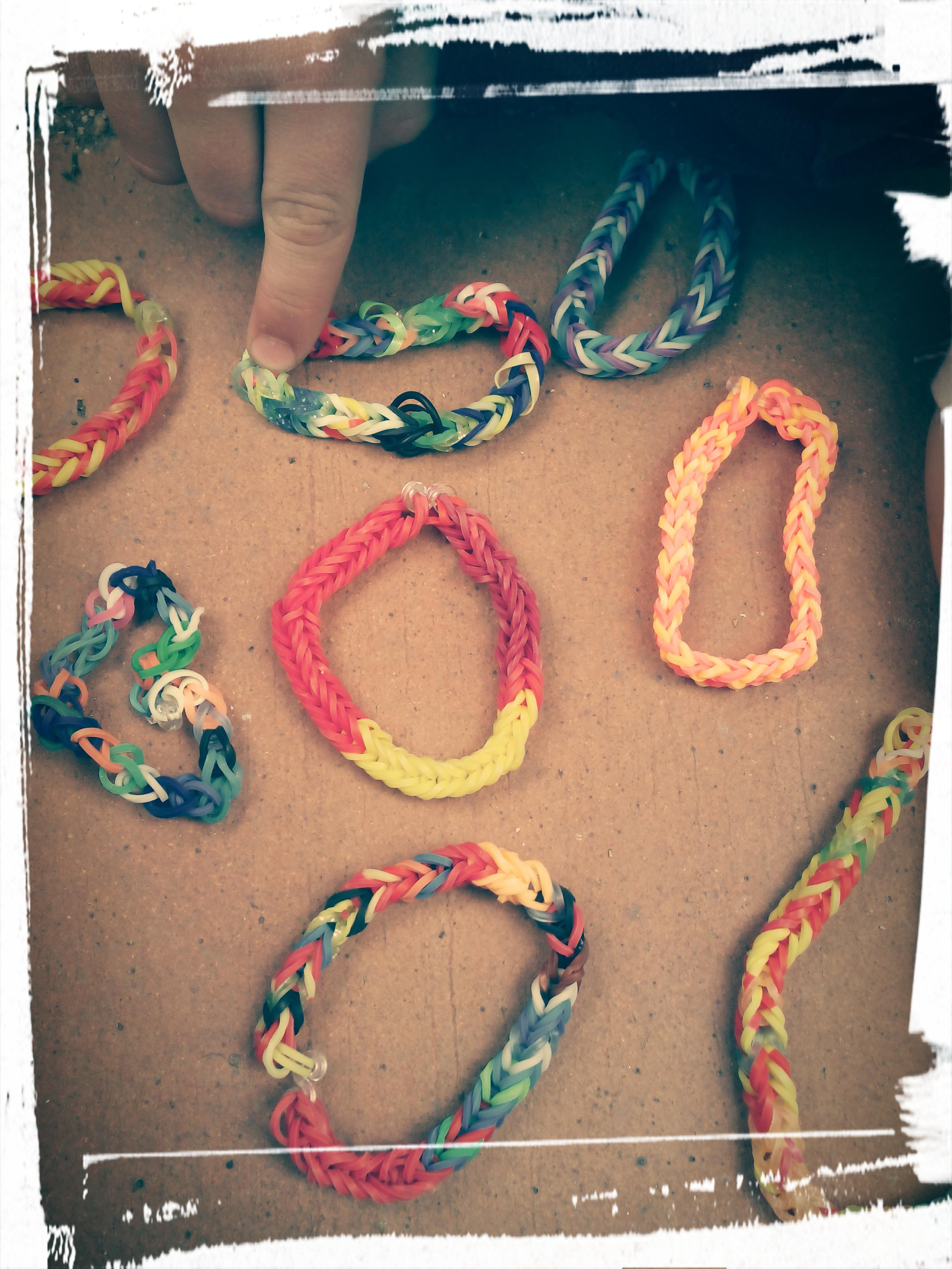 Pulseras hechas por mi sobrino NICO!