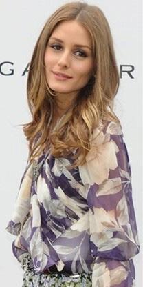 Olivia-Palermo-camisa-estampada de flores