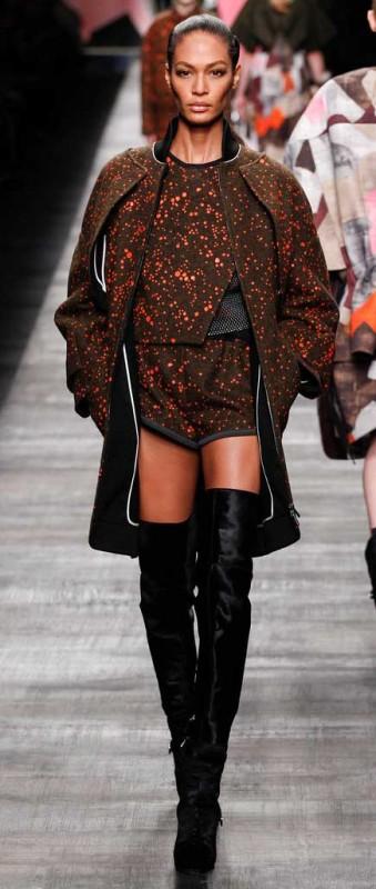 FENDI-botas-altas-de-mosquetero Vogue.es