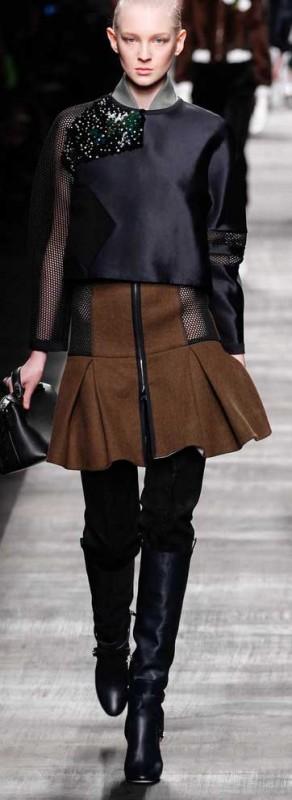 FENDI-con-minifalda