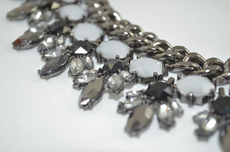 cadena con piedras Vintaway.com