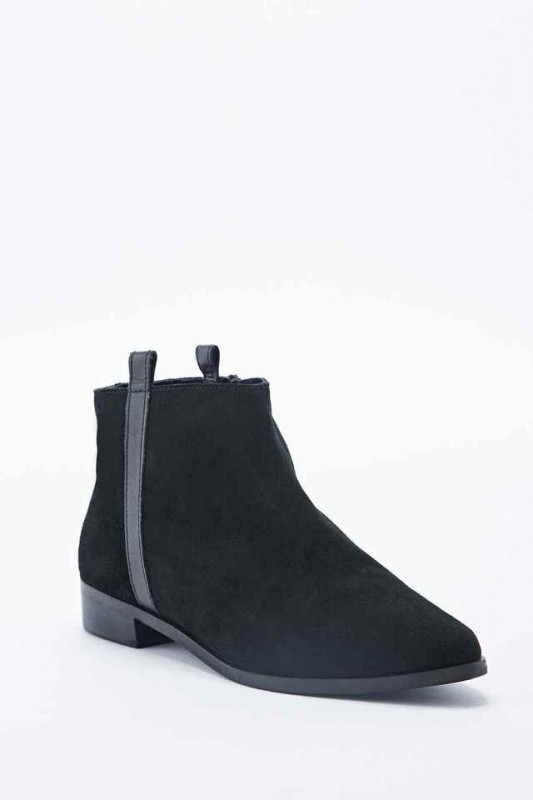 urban outfitters botin chelsea liso