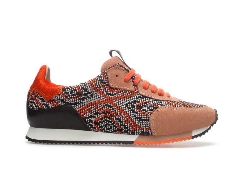 running-deportivas-sneakers-zapatillas-moda-fashion-trends-tendencias-modaddiction-estilo-chic-casual-sport-shoes-zapatos-calzado-footwear-zara